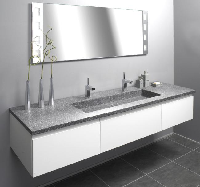 Smuk Hvidt grebsfri badeværelse - Grebsfrit badeværelse i hvid OL-89
